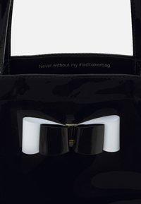 Ted Baker - HANACON - Shopping bags - black - 3