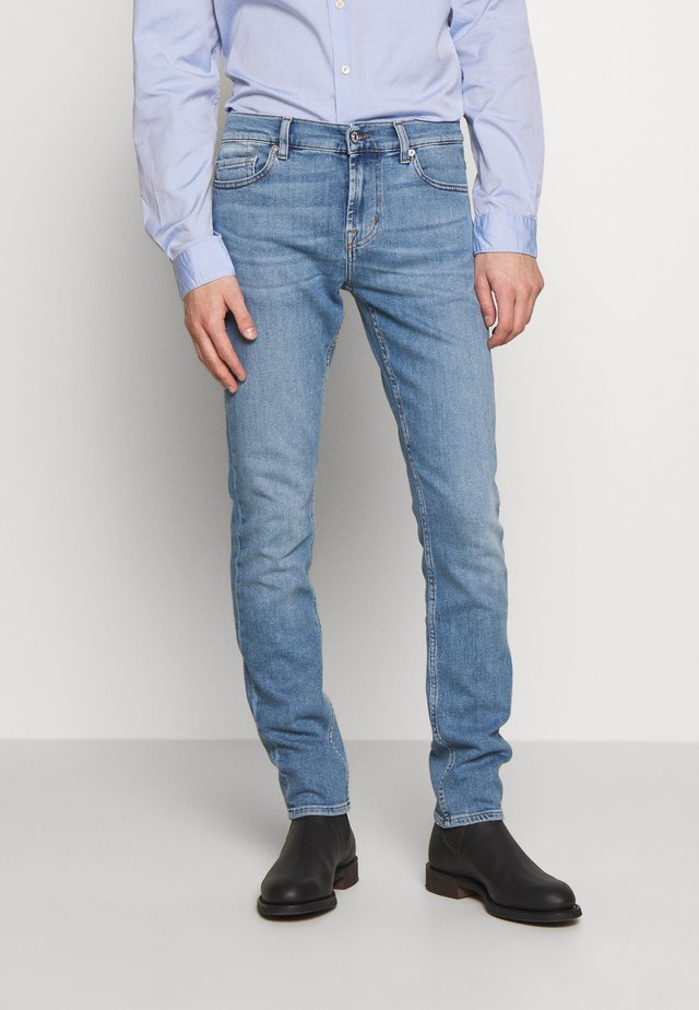 RONNIE HEMET - Slim fit jeans - light blue