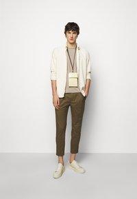 Filippa K - ROLL NECK TEE - Basic T-shirt - desert taupe - 1