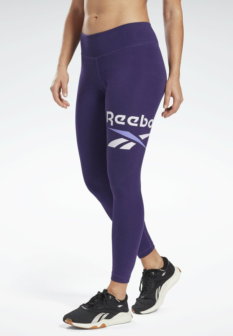 Reebok - COTTON ELEMENTS WORKOUT LEGGINGS - Leggings - purple
