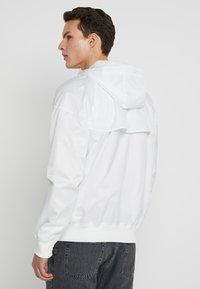 Nike Sportswear - Windbreaker - summit white - 2