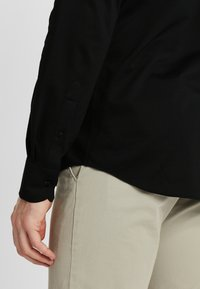 PROFUOMO - JAPANESE KNITTED - Shirt - black - 4