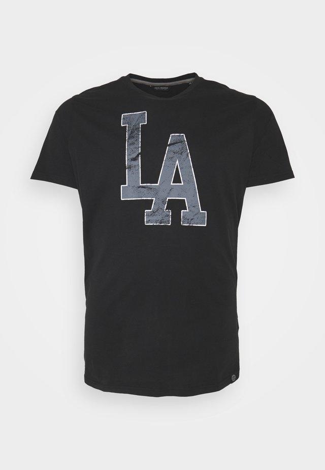 REPEAT - T-shirts med print - black