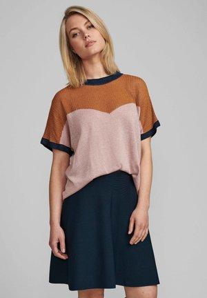 NUDARLENE  - Print T-shirt - pale mauve