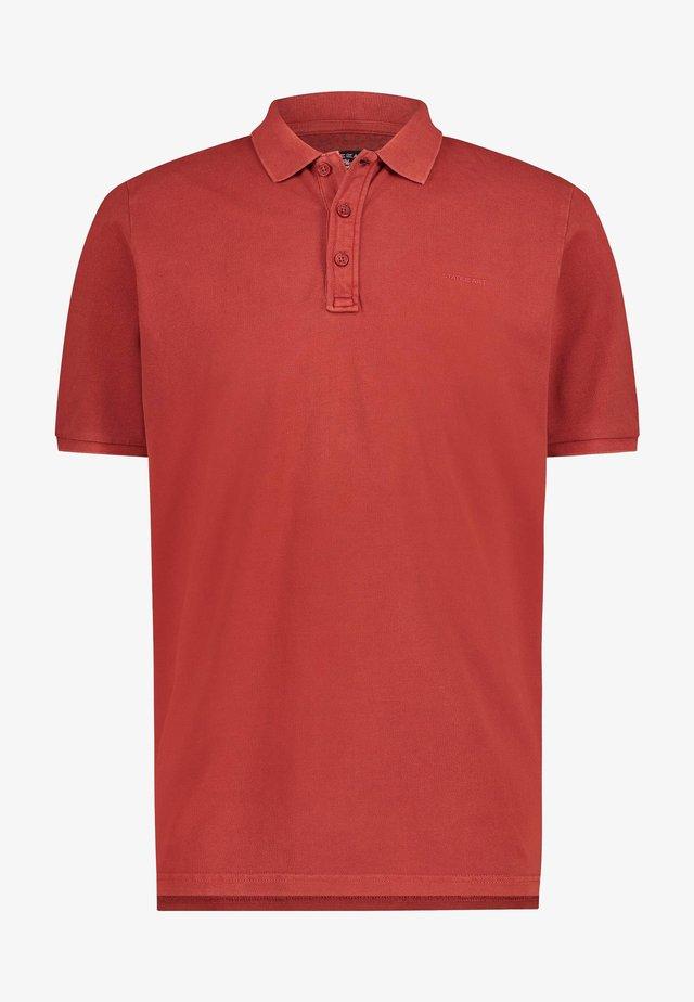 REGULAR FIT - Poloshirt - brick plain