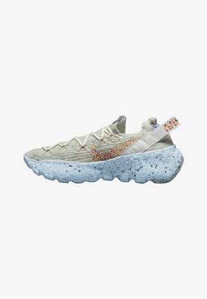 SPACE HIPPIE - Sneakersy niskie - summit white multi-color-photon dust-concord-chambray blue
