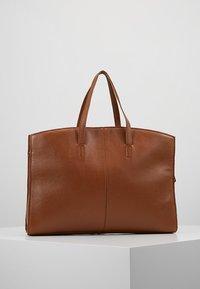 KIOMI - LEATHER - Laptop bag - cognac - 2
