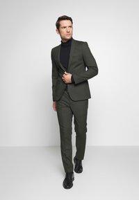 Viggo - GOTHENBURG SUIT SET - Kostym - khaki - 1