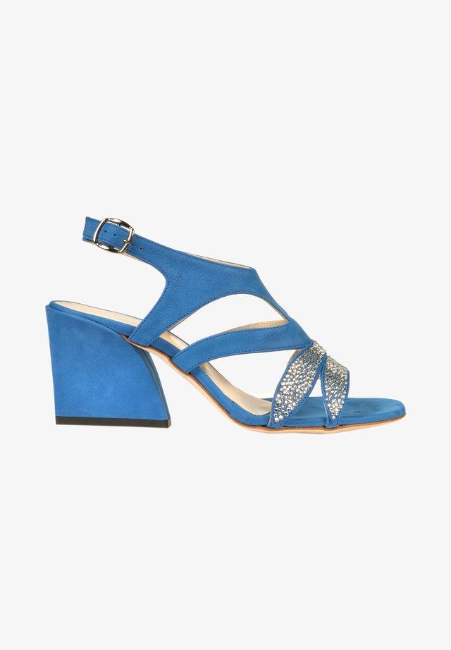 Sandały na obcasie - royal blue