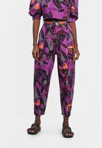 Desigual - DESIGNED BY M. CHRISTIAN LACROIX: - Trousers - red - 0