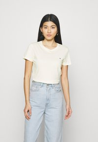 Tommy Hilfiger - NEW CREW NECK TEE - T-shirts basic - frosted lemon - 2