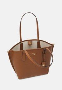 MICHAEL Michael Kors - JANE TOTE - Tote bag - luggage - 3