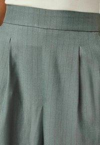 Vero Moda - Trousers - laurel wreath - 4