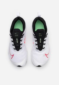 Nike Performance - AIR ZOOM SPEED - Neutral running shoes - white/flash crimson/hyper jade/black - 3