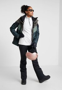 Brunotti - JUNGLEFOWL WOMEN SNOWJACKET - Snowboard jacket - pine grey - 1