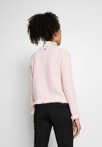 Rich & Royal - Cardigan - spring pink - 2