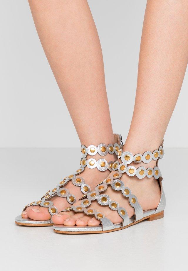 Sandales - titanio