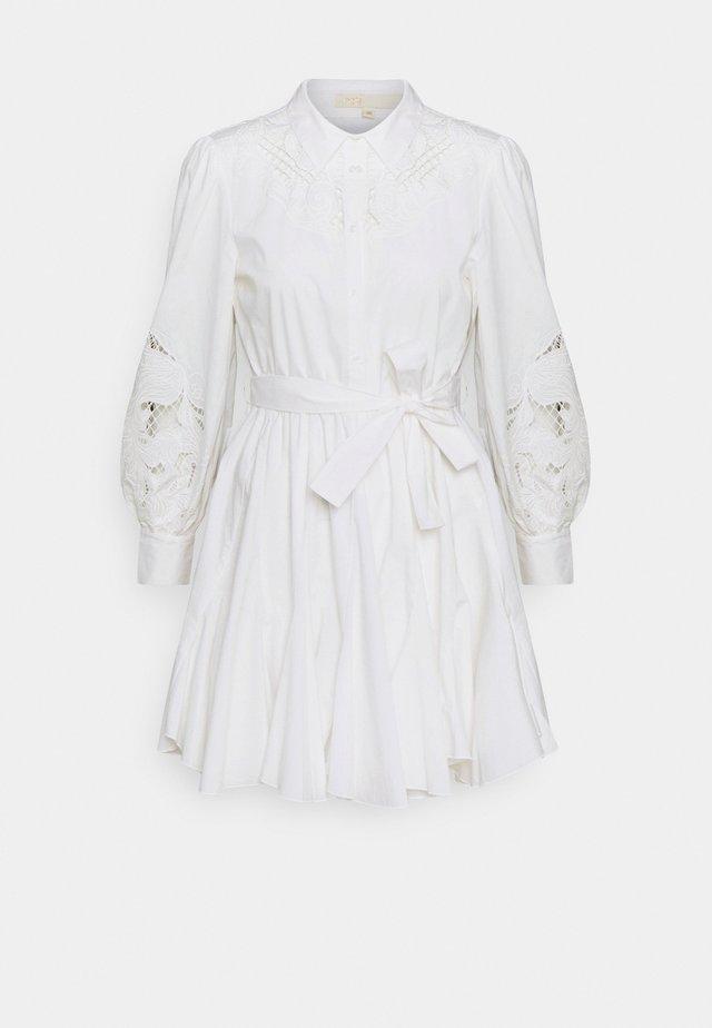REBELLO - Sukienka letnia - blanc