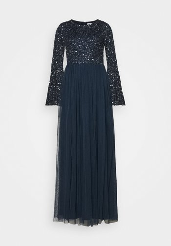 ROUND NECK DELICATE SEQUIN BELL SLEEVE MAXI DRESS