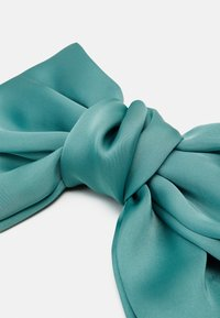 Pieces - PCCUTIE OVERSIZED BOW  - Hair styling accessory - pastel green - 2