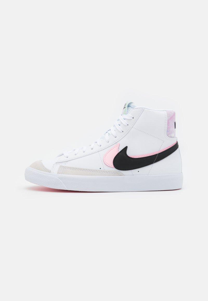 Nike Sportswear - BLAZER MID '77 SE  - Zapatillas altas - white/black/arctic punch
