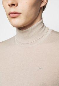 J.LINDEBERG - LYD TRUE - Stickad tröja - sand grey - 4