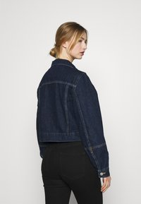 Levi's® - TAILORED TRUCKER - Veste en jean - allow me - 2