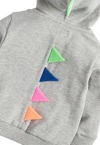 Next - GREY MARL DINO SPIKE ZIP THROUGH HOODY (3MTHS-7YRS) - Zip-up hoodie - grey - 3