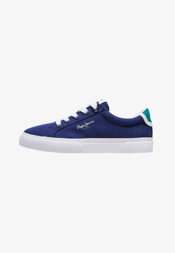 KENTON BASIC - Trainers - azul marino