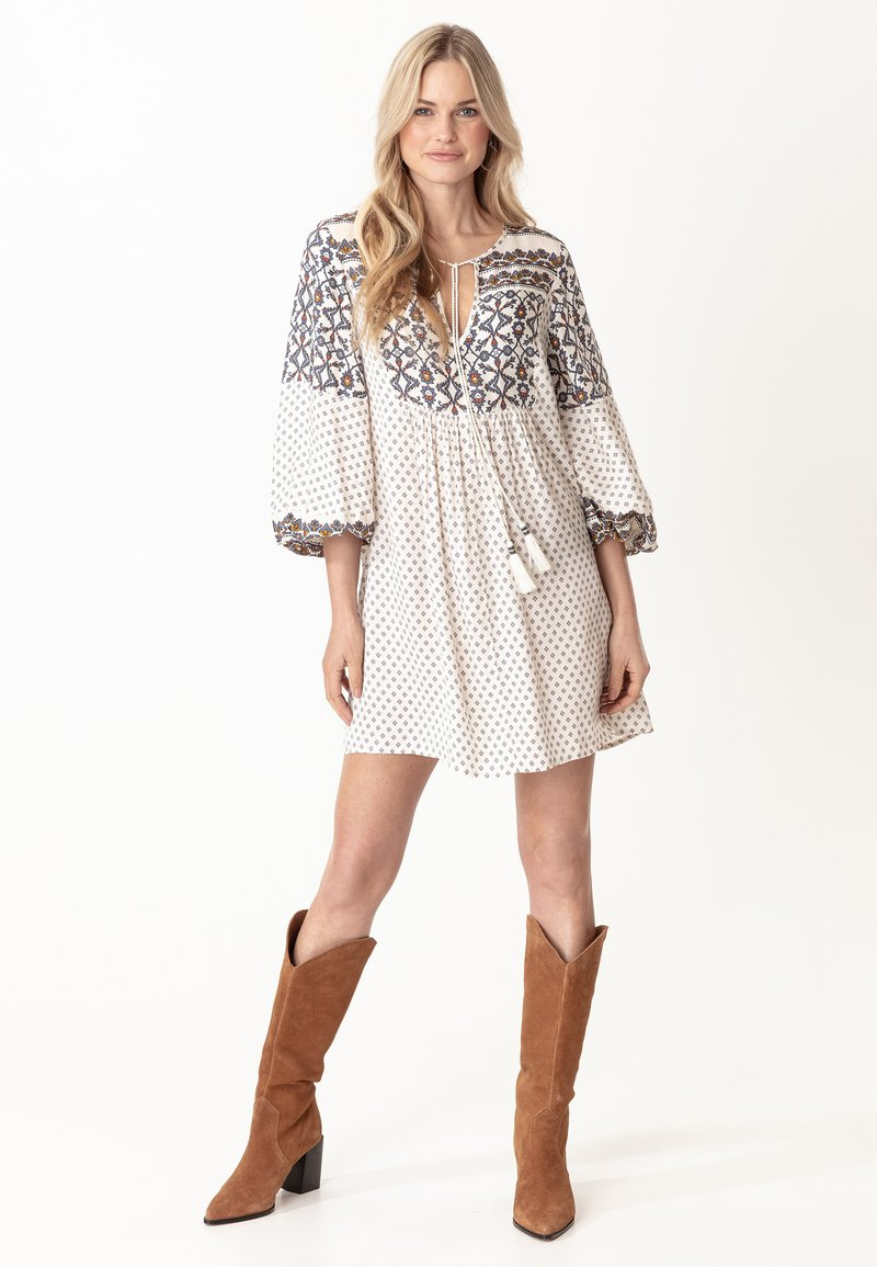 Indiska - PEARL - Day dress - white