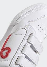 adidas Originals - CONTINENTAL 80 SHOES - Baskets basses - footwear white/vivid red - 9