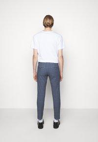 DRYKORN - MAD - Kalhoty - light blue - 2