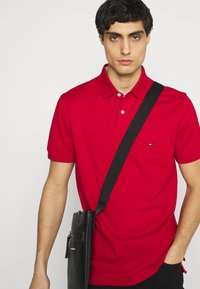 Tommy Hilfiger - 1985 REGULAR - Polo shirt - primary red - 3
