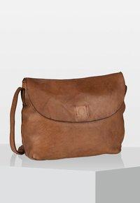Harold's - Across body bag - cognac - 0