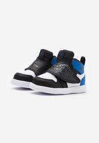 Jordan - SKY 1 UNISEX - Basketball shoes - white/sport blue/black - 1