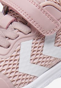 Hummel - Klittenbandschoenen - pale lilac - 6