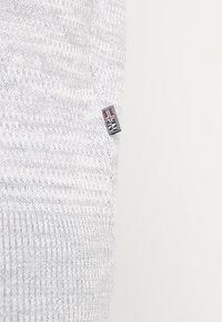 Napapijri - DUEVILLE  - Sweter - medium grey melange - 3