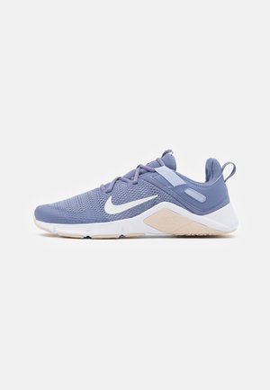 LEGEND ESSENTIAL - Zapatillas de entrenamiento - world indigo/summit white/ghost