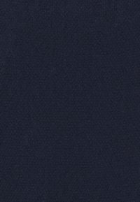 Marks & Spencer London - TEXTURED TEE - Jednoduché triko - dark blue - 2