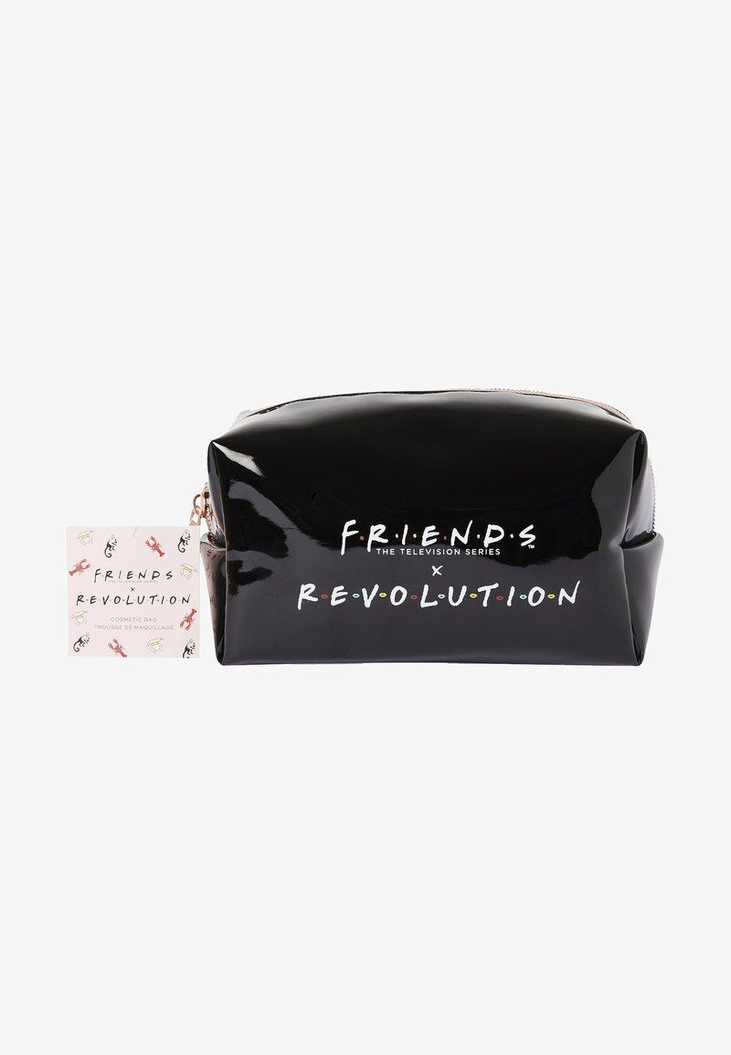 Makeup Revolution - REVOLUTION X FRIENDS COSMETIC BAG - Accessoires de maquillage - -