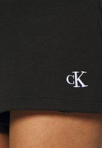 Calvin Klein Jeans - BACK LOGO - Verryttelyhousut - black - 4