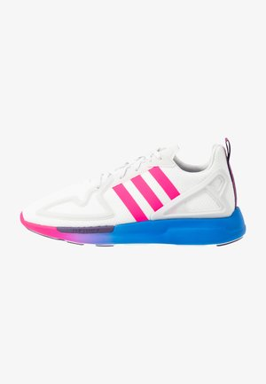ZX 2K FLUX - Sneakers laag - crystal white/shock pink/blue