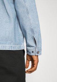 Brixton - SURVEY RESERVE CHORECOAT - Summer jacket - worn indigo - 3