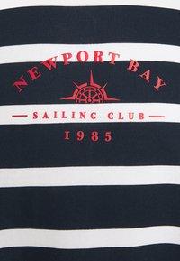 Newport Bay Sailing Club - BOLD HORIZONTAL STRIPE - Sweatshirt - navy/white - 6