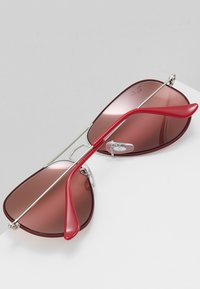 Ray-Ban - 0RB3025 AVIATOR - Sunglasses - silver-coloured/bordeaux - 5