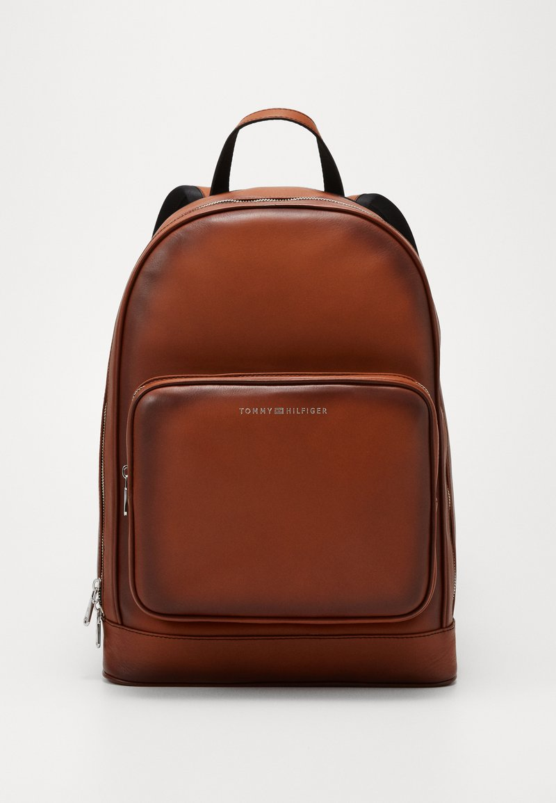 Tommy Hilfiger - CASUAL BACKPACK - Reppu - brown