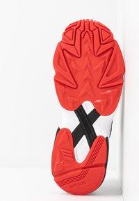 adidas Originals - FALCON ZIP - Sneakers - core black/footwear white/red - 6