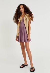 PULL&BEAR - Day dress - mottled purple - 1
