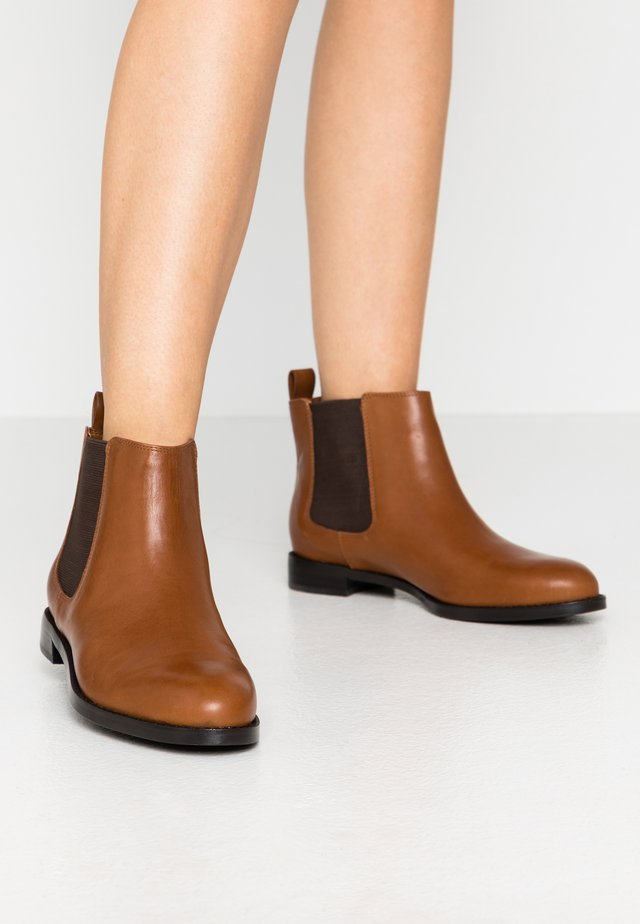 SIGNATURE HAANA - Boots à talons - deep saddle tan