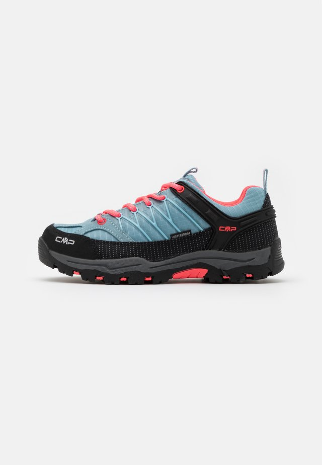 KIDS RIGEL TREKKING SHOE WP UNISEX - Hiking shoes - clorophilla/red fluo